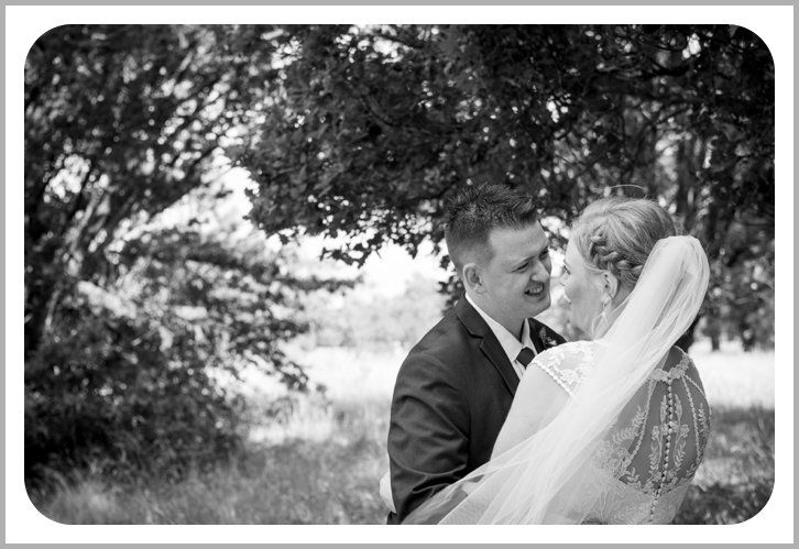 Wedding photos Vic Park Ballarat
